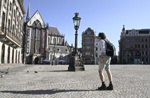 Walk of Peace door de binnenstad en viering in de Nieuwe Kerk