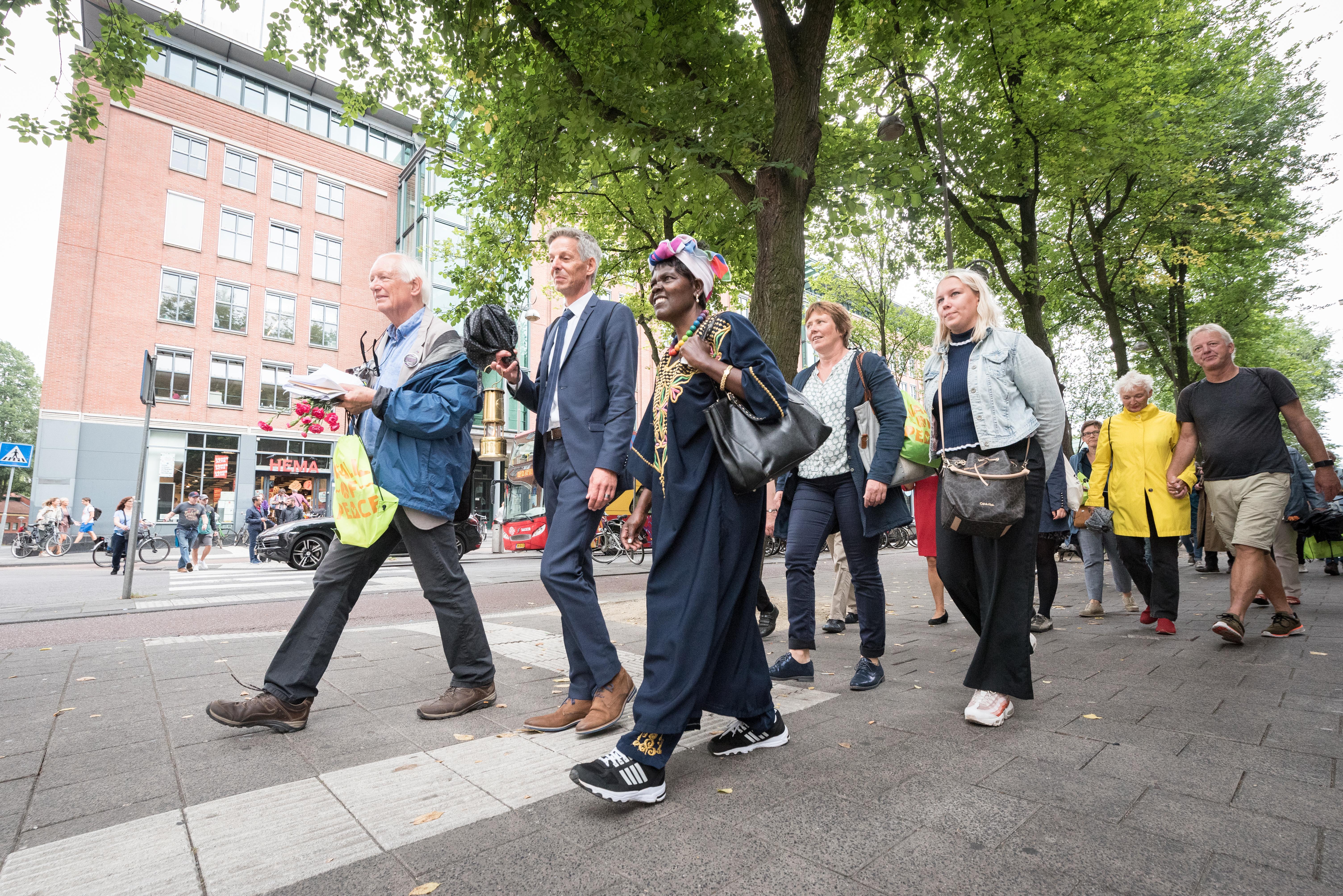 Walk of Peace – Boekje