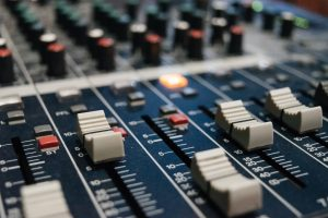 HDC zet radioprogramma Nieuw Protestants Peil online