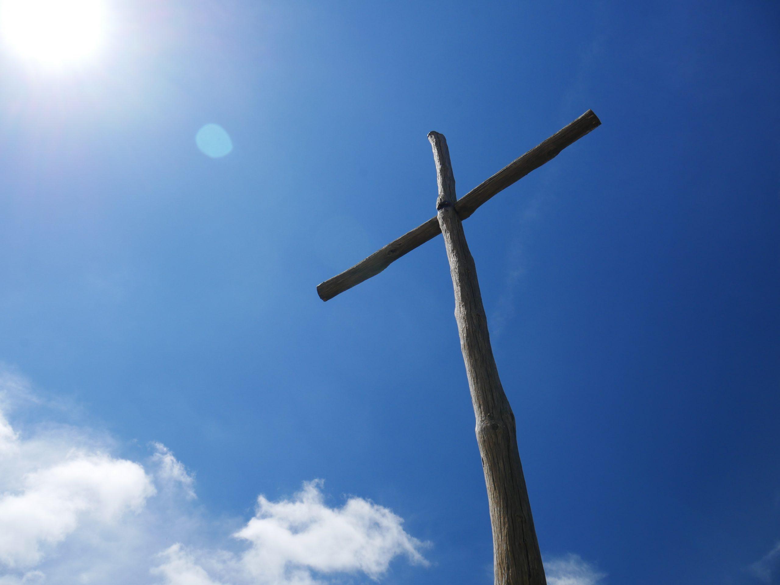 Hoe herdenken en vieren christenen wereldwijd Goede Vrijdag en Pasen?
