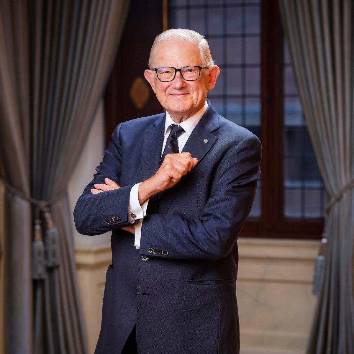 Prof. Pieter van Vollenhoven preekt in Vrijburg