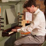 Jan Pieter Lanooy speelt in Vrijburg voor betrokken publiek